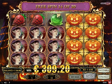 Happy Halloween Slot Play'n GO 3